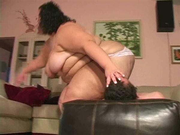 Busty Lesbian Face Sitting