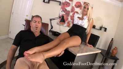 Goddess Foot Domination - Cherry Foot Therapist