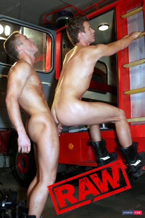 Staxus – Johan Volny & Ernest Blue, Bareback