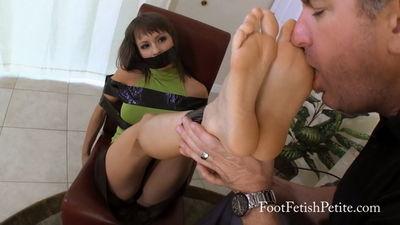 Feet worship blowjob alyssa gets her way 4
