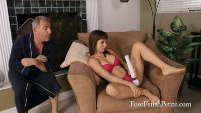 Foot Fetish Petite - Late Night Rendezvous Alyssa Kayson