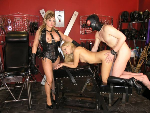 new 27.07.2015 Lady Nina's Playthings complete