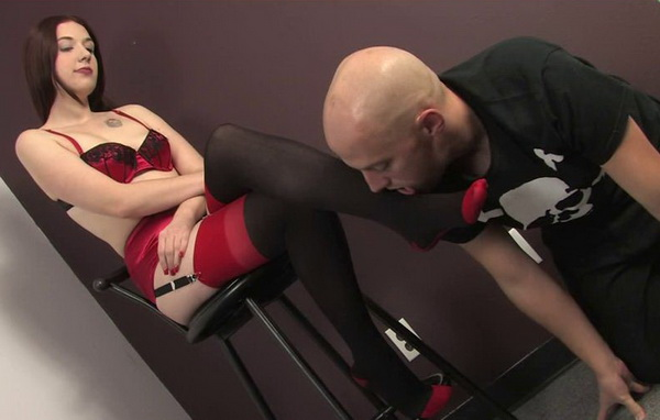 Bare foot amp mistress sylwia dirty foot worship - 3 part 8