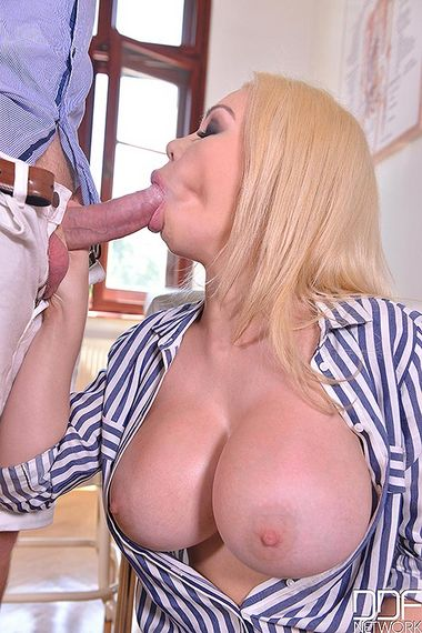 Chessie Kay – Last Minute – Hardcore Titty Fuck in Doctors Office – 12/02/16 – FullHD 1080p