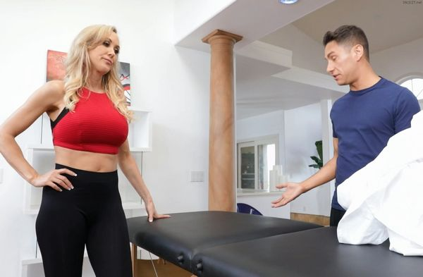 MILF Brandy Dean catches a load of jizz on her round tits after sex  1315890