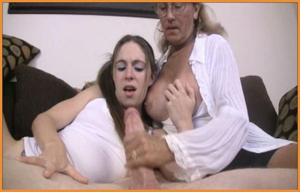 Blowjob and anal fuck for tranny