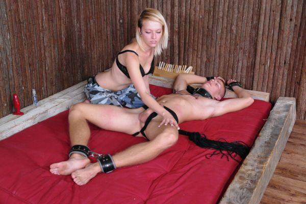 CFNM painful pleasure part 2
