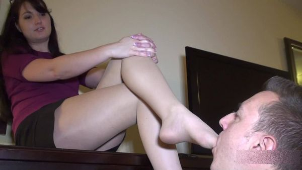 Paige - Sexy Intern Manipulates the Office Nerd