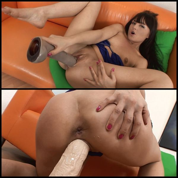 (26.08.2015) Monster Dildo Sex