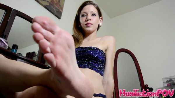 NEW HumiliationPOV - Princess Kaylynn - You're A Sucker For My Feet 15.10.2015