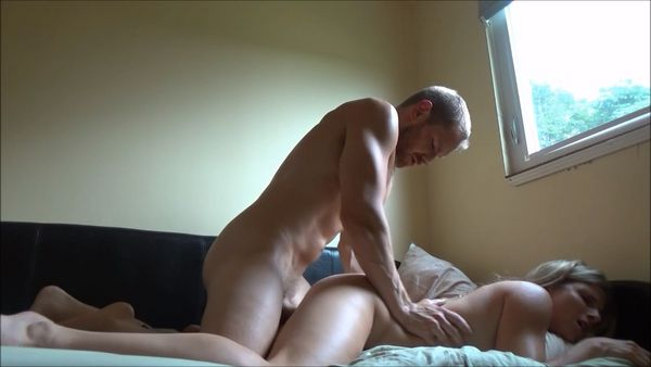 Slut sucks me off ands gags on first night meeting her - 3 part 1