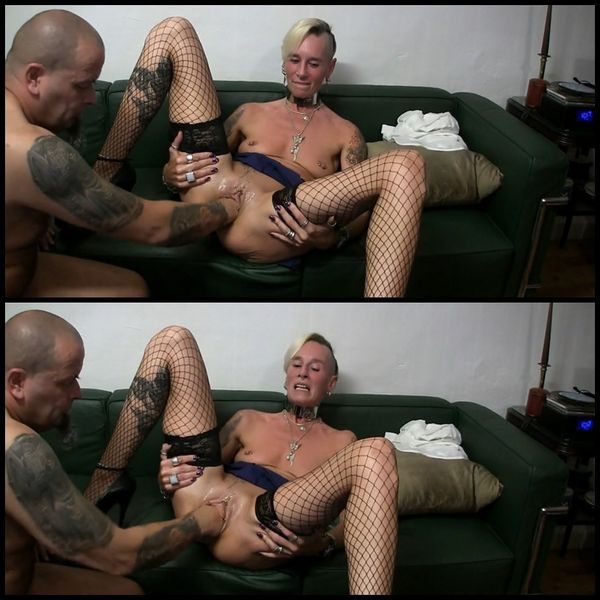 Pussy fist with squirt with lady-isabell