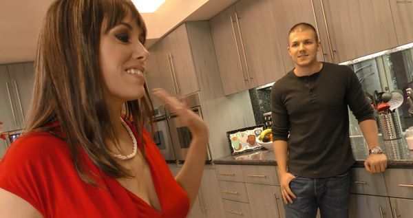 Alana Cruise – Watching My Mother Go Black HD