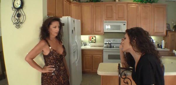 DISCOVERY – Margo Sullivan & Monica Sexxxton HD