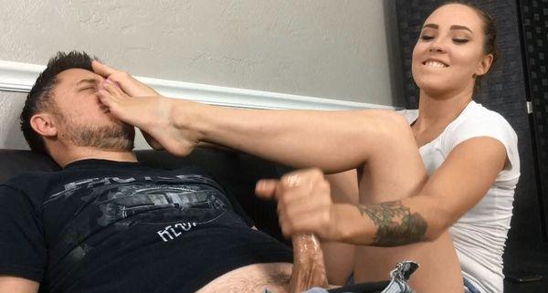 Chinese Lesbian Feet Worship