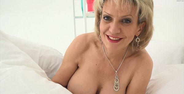 Porn pic my tits parents gone