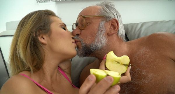 Chubby Granddaughter Fucked Hard HD