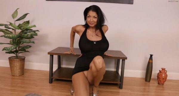 Mrs. Nights Milking – Nadia Night HD