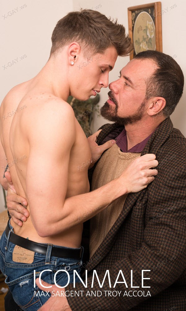IconMale: I Can Be Your Daddy (Max Sargent, Troy Accola)