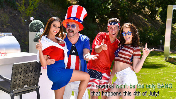 Ariella Ferrara & Jennifer Jacobs – Family Fourth Of July HD