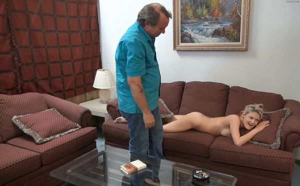 Hope Harper – Daddy Busted Me HD