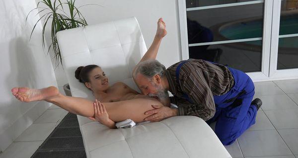 Anita Bellini – Horny Grandpa HD