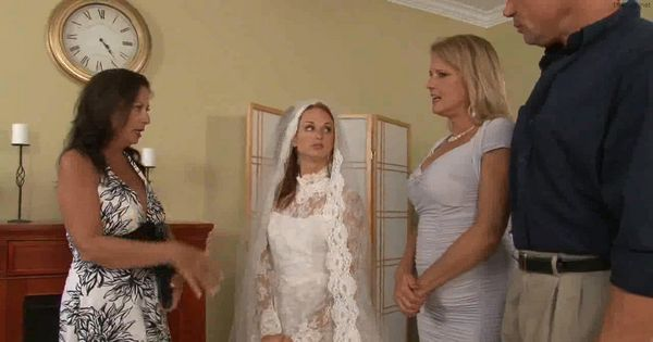Bride Gets Big Load Before Ceremony HD
