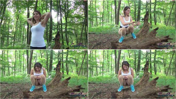 Dreist In Den Wald Gepisst [MyDirtyHobby] GypsyPage (30.1 MB)