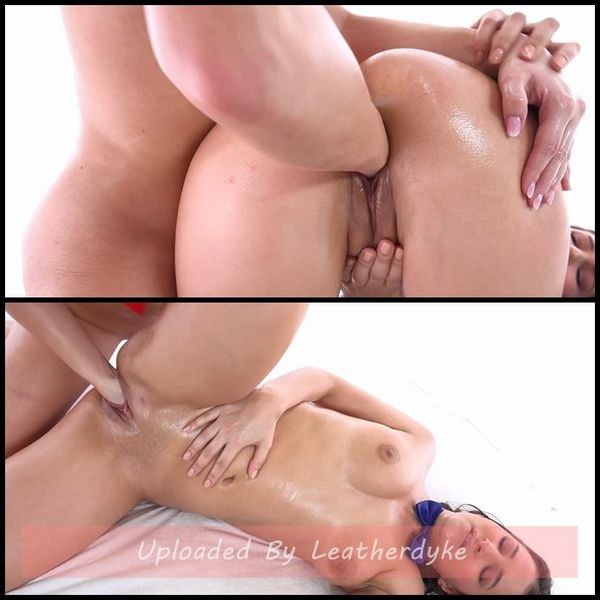 Sliding with Ease – Cayla (fister), Ellen Betsy (fisted) | Full HD 1080p | Release Year: December 14, 2017