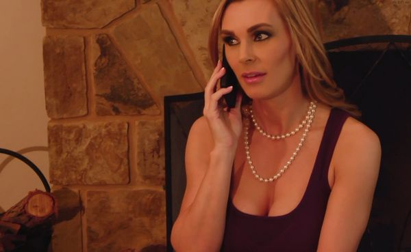 SexyMomma – Stacey Sexton and Tanya Tate HD