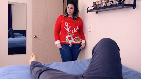 Kitty LeRoux Ass To Mouth: Last Christmas – Chubby Cousin Saves The Holidays With A2M Anal Creampie HD