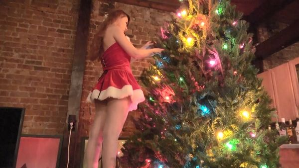 Lily Allegro – Bro/Sis Under The Christmas Tree Anal RP HD