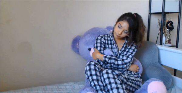 Sweetxmelody – Daddy & His Friends HD