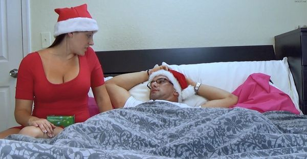 Melanie Hicks – Auntie's Christmas Gift HD