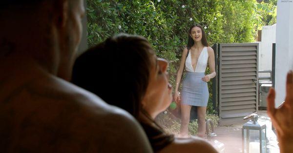 Eliza Ibarra – Girls Weekend HD [Untouched 1080p]