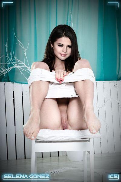 Selena Gomez (Volume # 30)