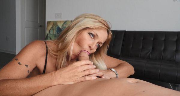 Mom catches son porn