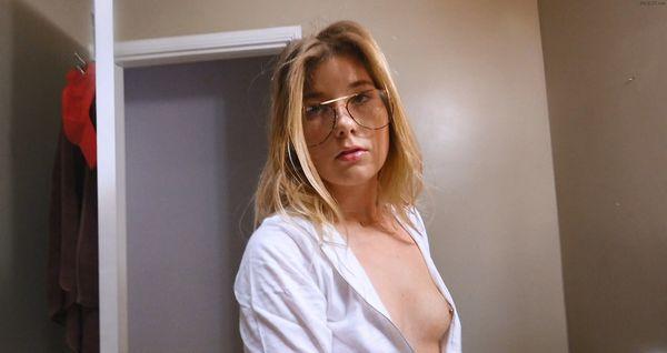 Vienna Rose – Siblings Getting Smutty HD