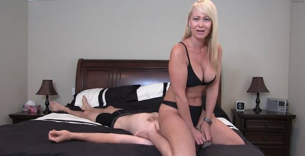 Mistress Kandy – Junior Your Cock Is So Little Compared To Your Dads HD [Untouched 1080p]
