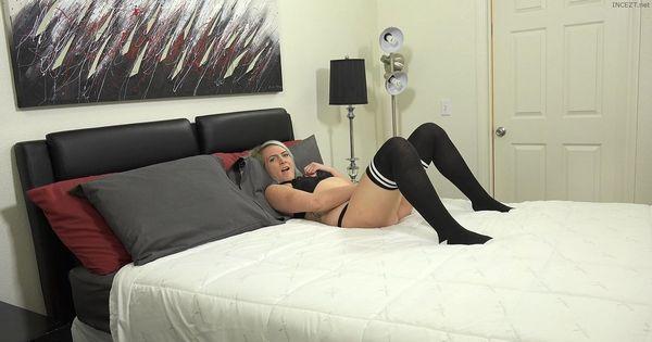 Gamer Chick Fallon Love Catches her Dad Watching her Masturbate 4K 2160p HD