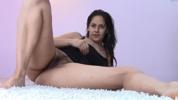 Messy Mommy Anal Masturbation and Pii HD