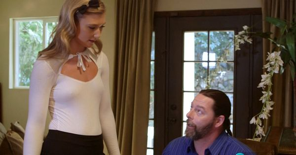 April Aniston – Anal With Mom's Boyfriend HD [Untouched 1080p]