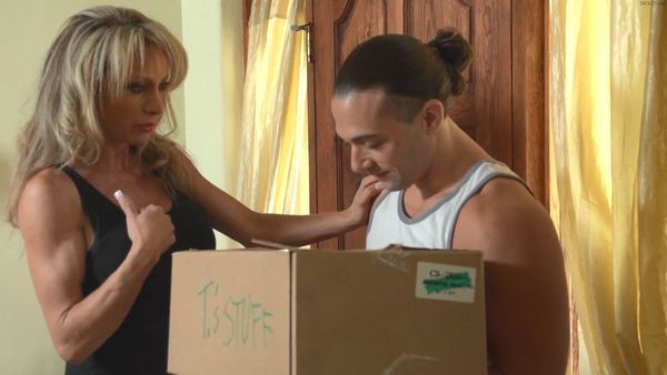 Raquel Sultra Dysfunctional Family Love Stories HD