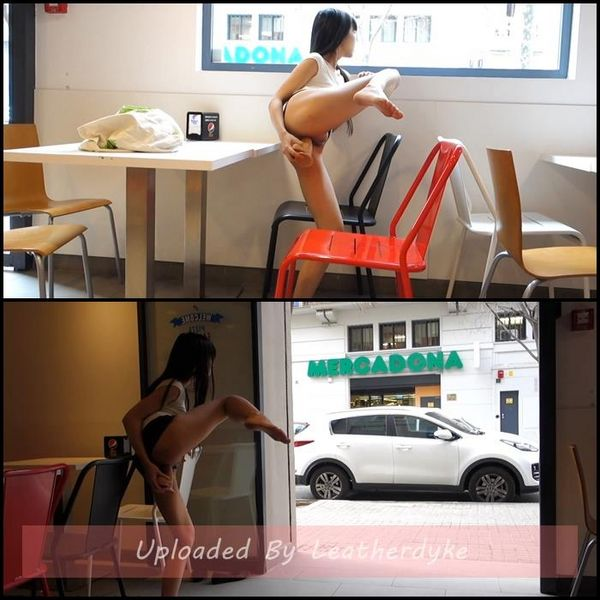 LittleSubGirl – Fast Food Restaurant Fuck Anal And Squirt