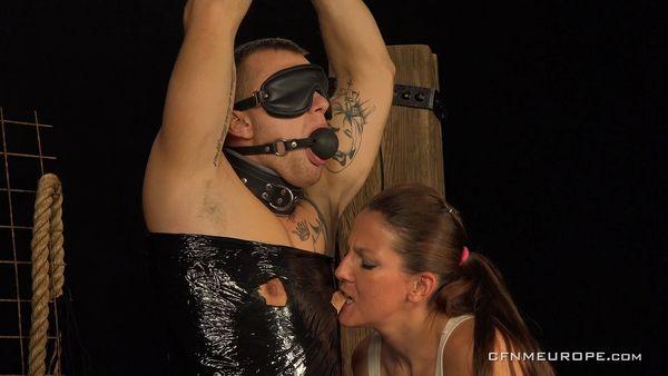 Punishment [CFNMEurope] Valentina Ross (1.48 GB)