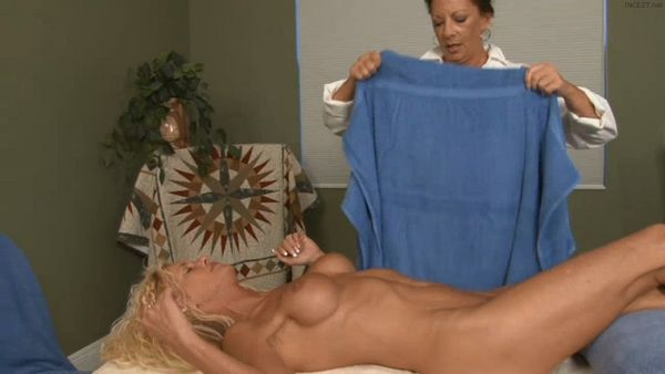Mom's Spa Facial HD