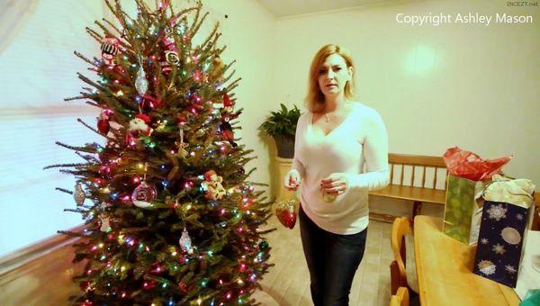 Ashley Mason – Mommies Lil Helper HD