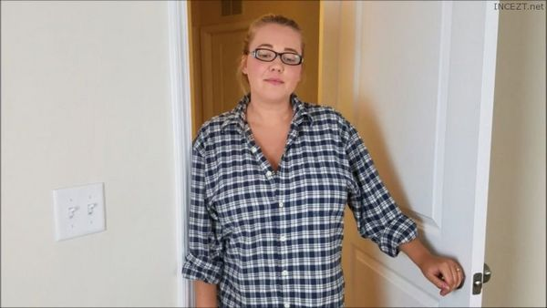 Annabelle Rogers – Chubby Amateur Mother and Son 2 New Vids in HD