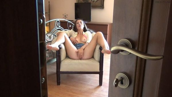 TiffanyDoll – French Babe Masturbate For Her Brother 2 Hot New Vids HD