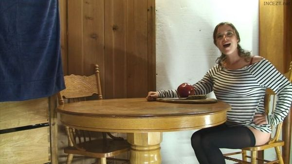 Mom Gets A Facial After DIY Vid in The Kitchen Erin Electra 1080p HD